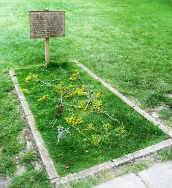 King Arthur's Tomb
